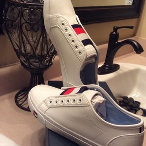 New Tommy Hilfiger Sneakers